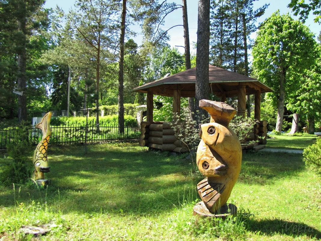 Нарва-Йыэcуу, Эстония, дворик церкви в честь Казанской иконы Божией Матери - veera (veerra)