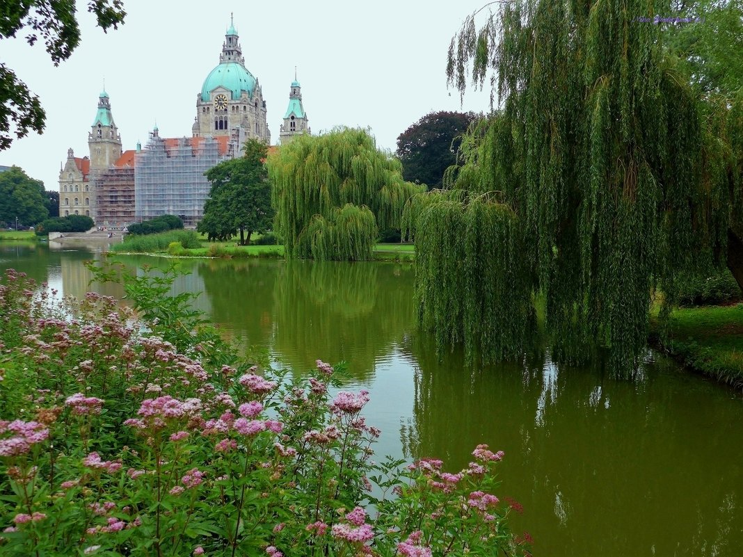Rathaus. Hannover - Nina Yudicheva