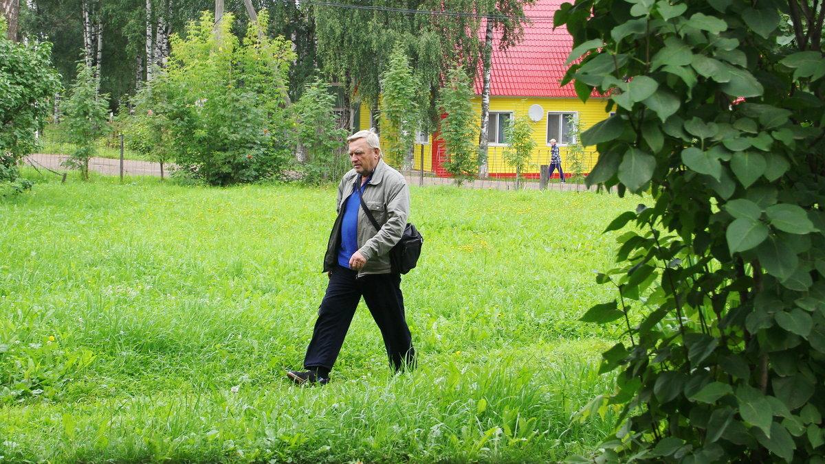 Фотограф на прогулке... - Александр Широнин