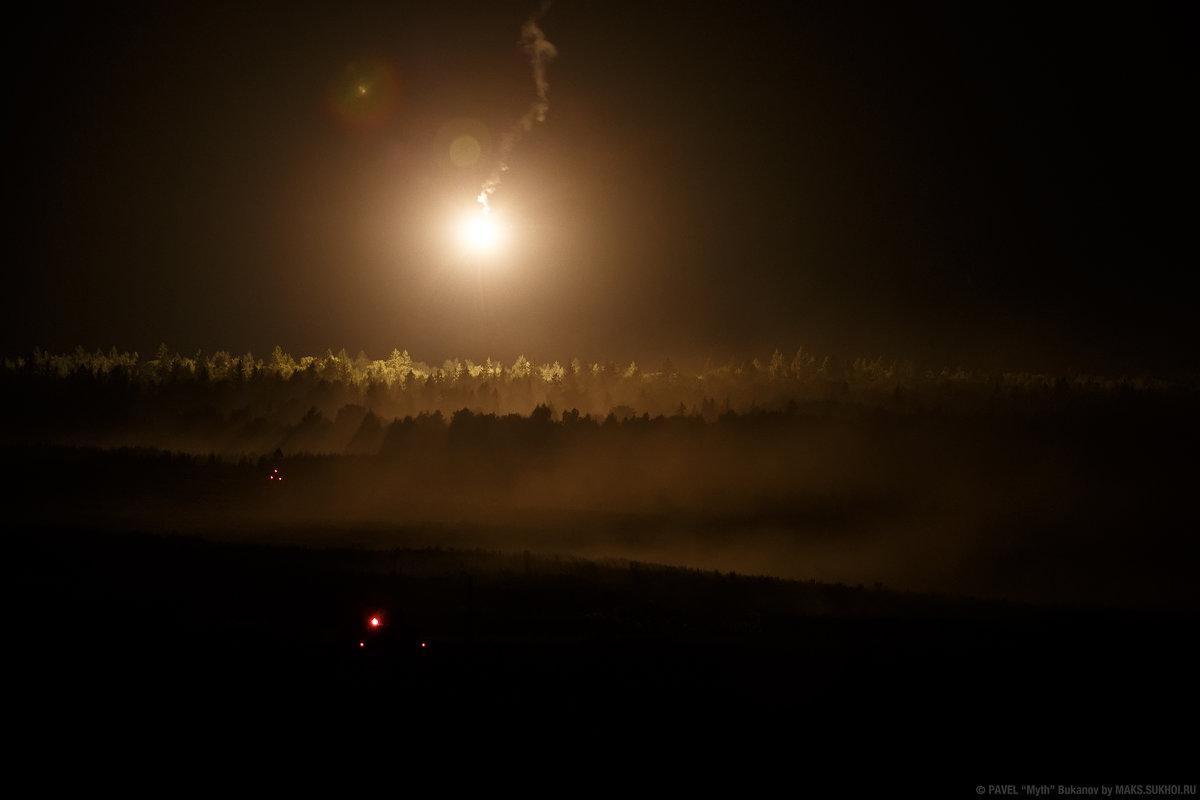 Подсветка местности осветительным снарядом - Павел Myth Буканов