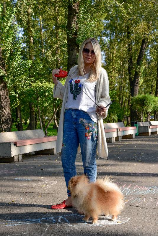 Дама с собачкой. - юрий Амосов