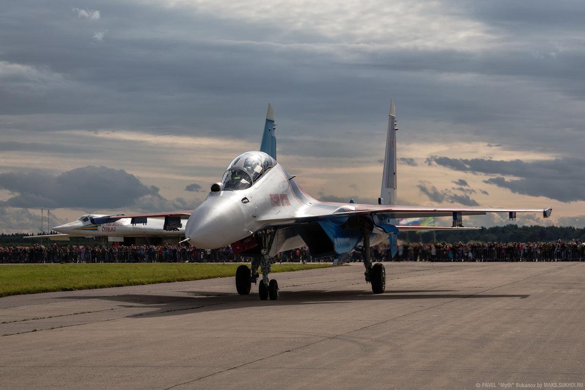 """Су-30СМ пилотажной группы """"Русские Витязи"""" - Павел Myth Буканов"""