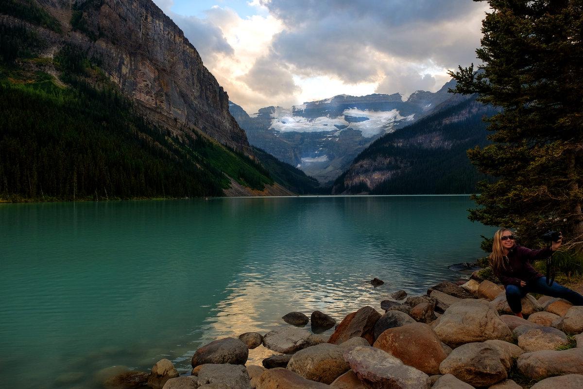 Lake Louise. Canada. ( селфи ) - Alexander Hersonski