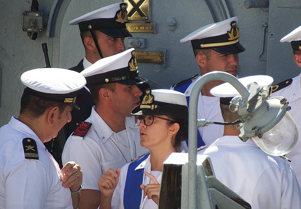 """""""Женщина на корабле - к несчастью..."""" - Носов Юрий"""