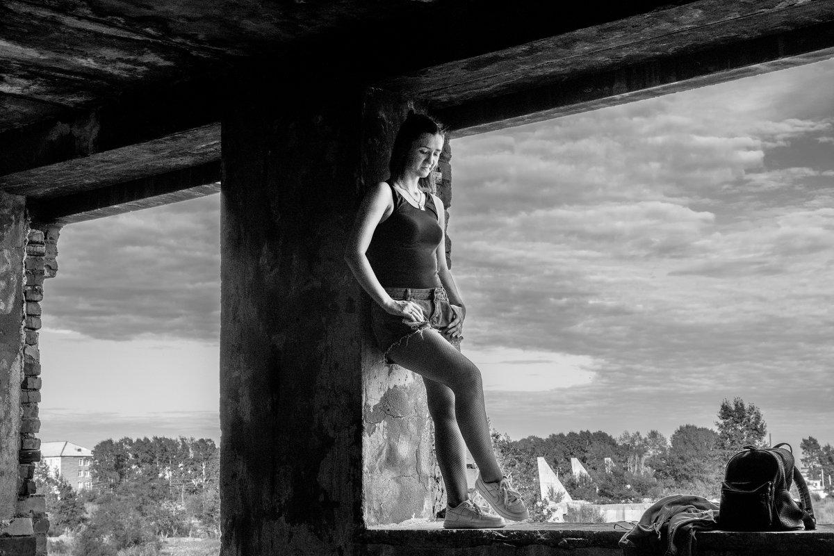 Прогулка по развалинам - Anna Chepkova