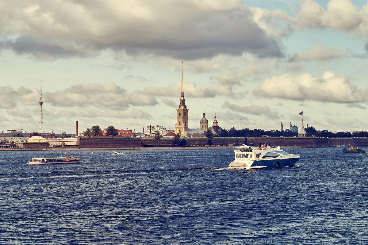 Вид на Петропавловскую крепость. - Андрей Лобанов