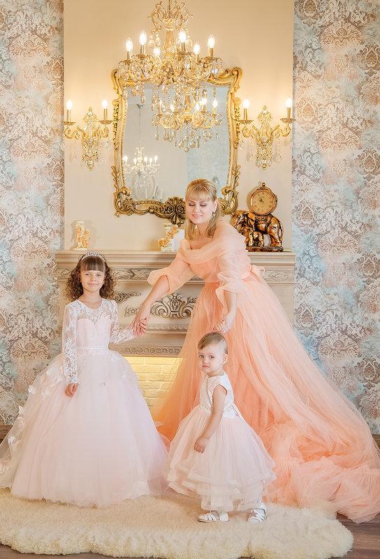 Мама и доченьки - Елена Федорова