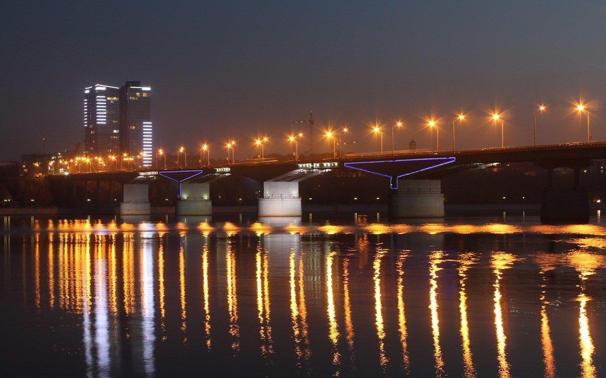 Комунальный мост - Елена Загородская