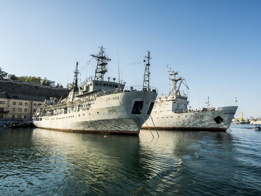 Севастополь - порт - Лариса Батурова