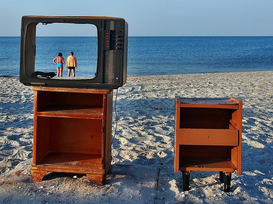 The Box - пляж эмоций. Про Пятницу и  Робинзона... - Александр Резуненко