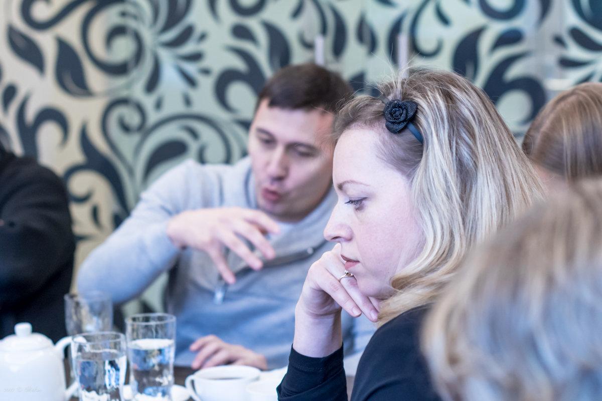 Об одном не круглом столе - Микто (Mikto) Михаил Носков