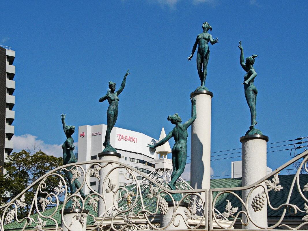 Танцующие скульптуры - Андрей K.