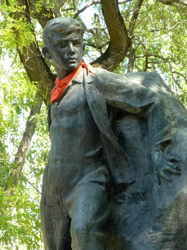 Памятник Вите Коробкову - Наиля