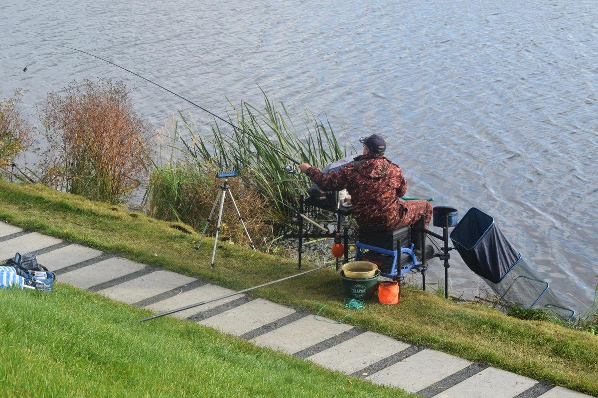 Участник соревнований по ловле рыбы. - Татьяна Помогалова