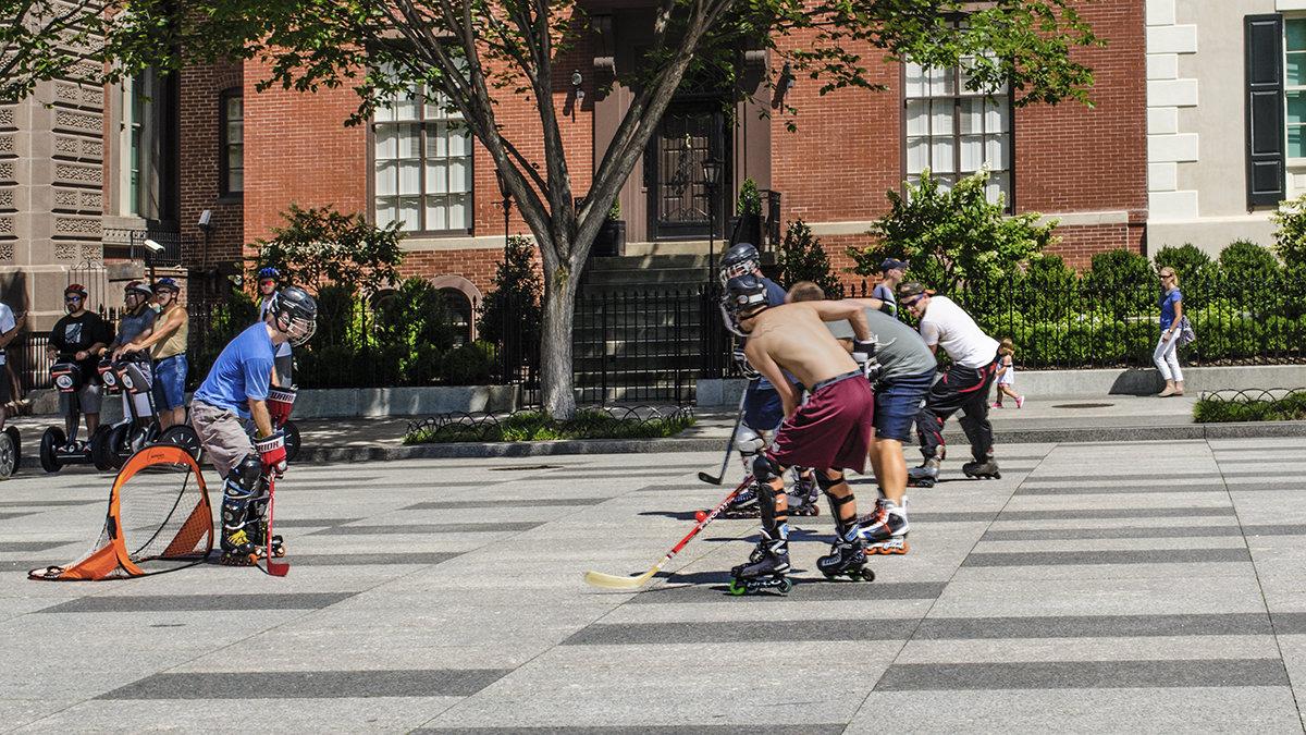 хоккей с мячом на бетоне однако - Petr @+