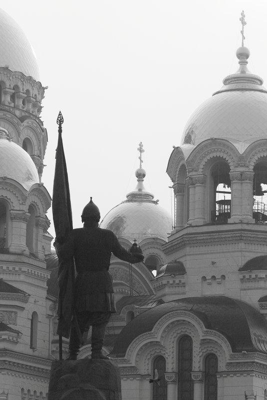 Монументальность - Юрий Гайворонский