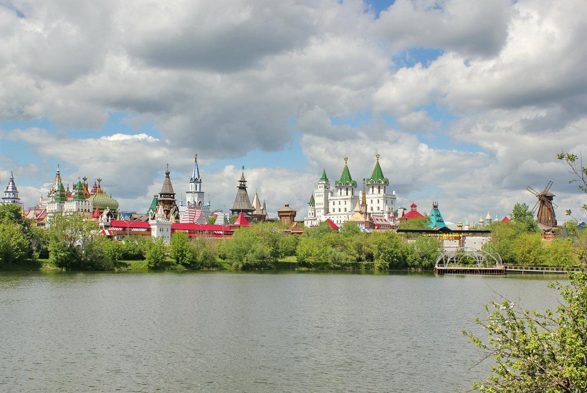 Москва. - Ольга Зубова