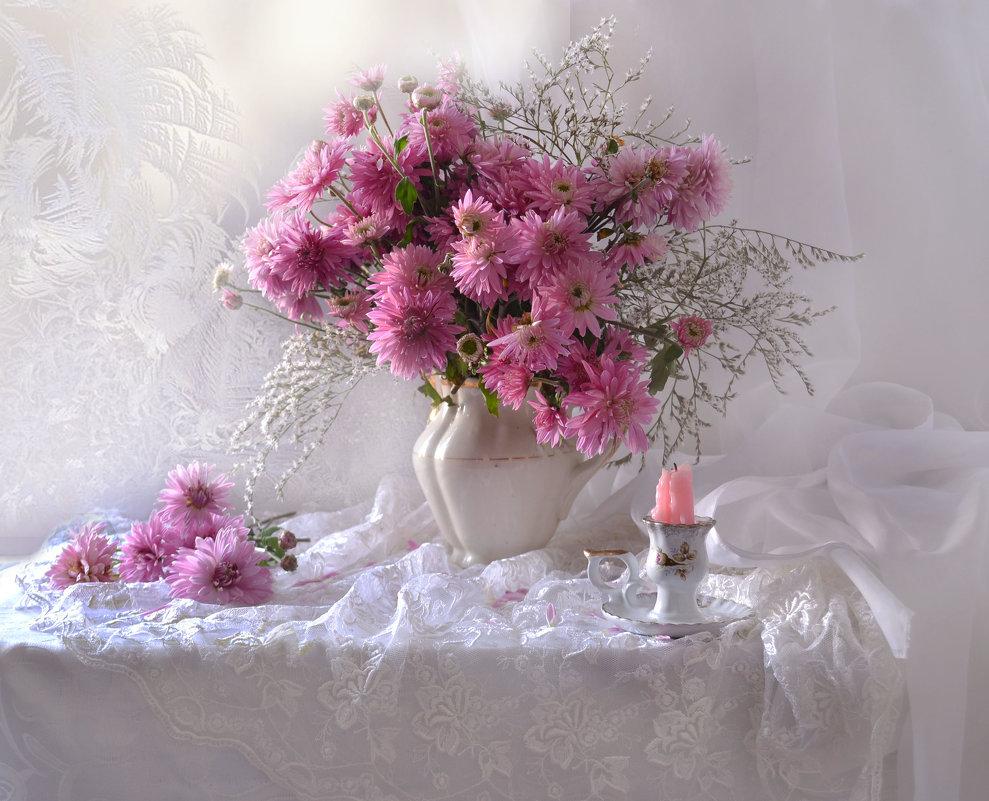 Пленяют сердце хризантемы... - Валентина Колова