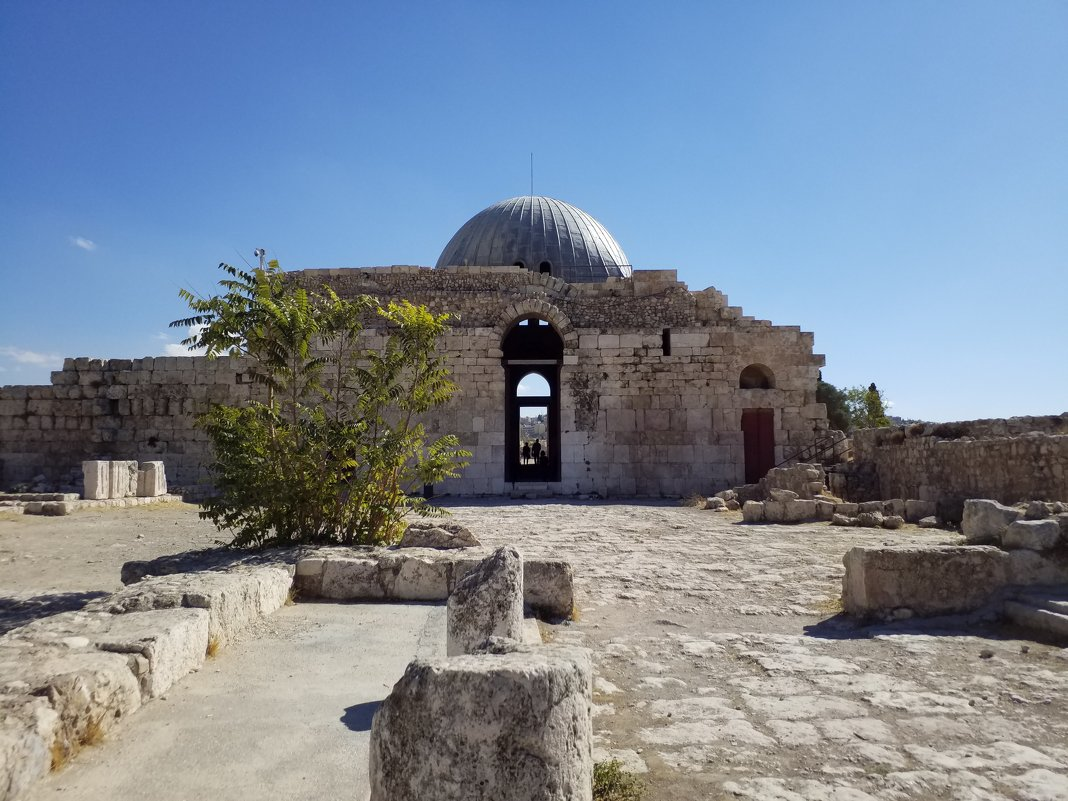 Церковь,воздвигнутая первой христианской общиной в 5в.н.э. - Жанна Викторовна