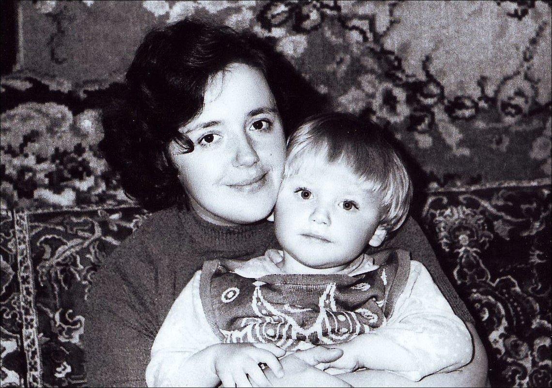 Свет родных глаз. 1977 год - Нина Корешкова