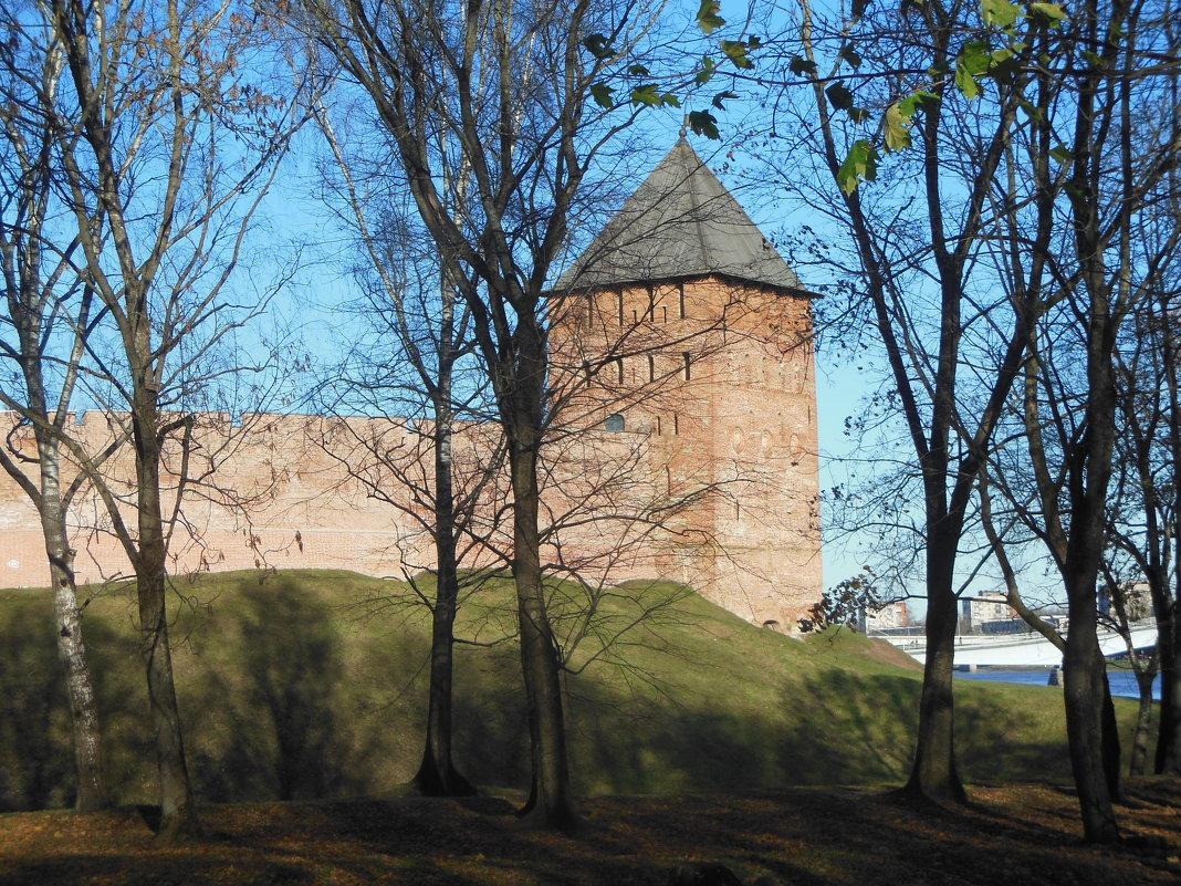Башня Новгородского Кремля. - Татьяна