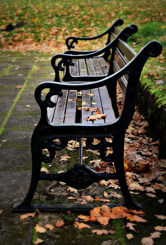 одинокая скамейка - Lanna