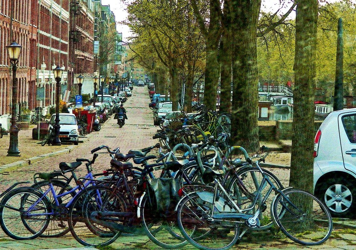 Амстердамская зарисовка, велостоянка - Александр Корчемный