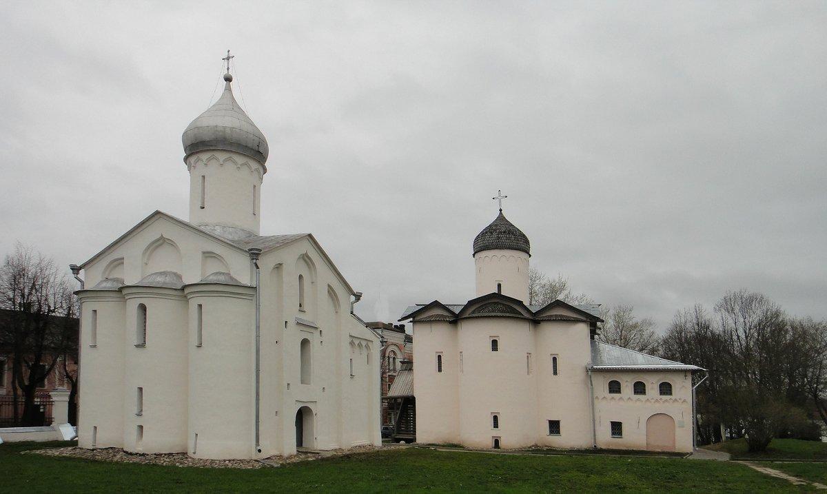 Церкви Святого мученика Прокопия (1529 г.) и Святых Жён-Миронисиц, 1508-1510 г.г. - Елена Павлова (Смолова)