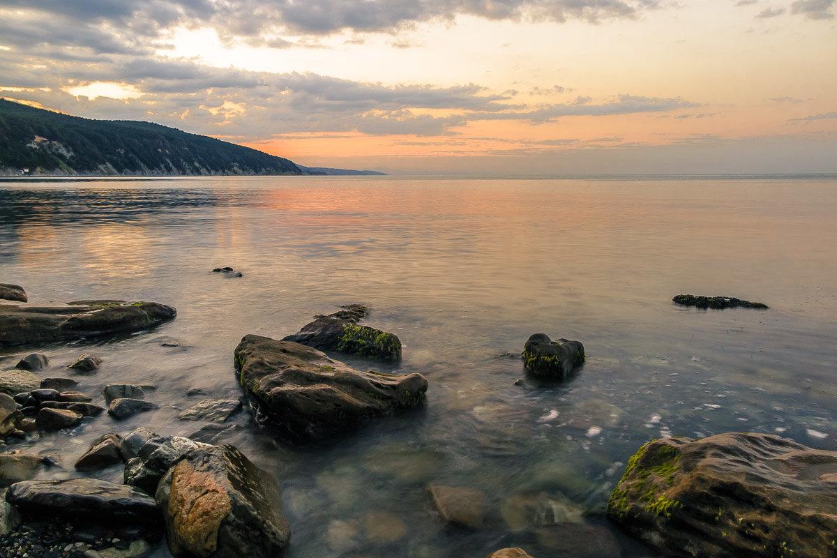Рассвет на море. - Олег Бабурин