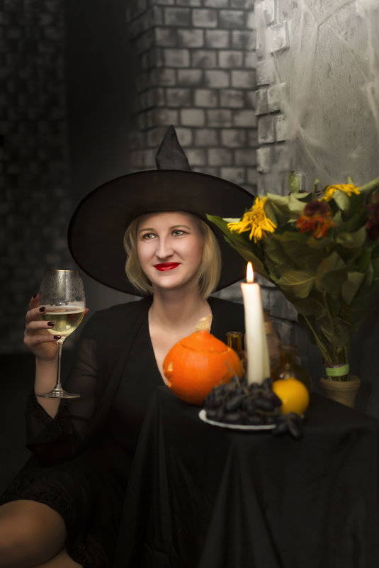 ведьма - Tanya Petrosyan
