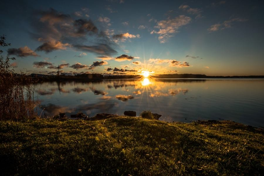 Восход на озере. - Anna Klaos