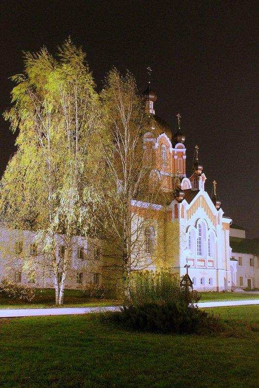 Крестовоздвиженская церковь - Сергей Кочнев