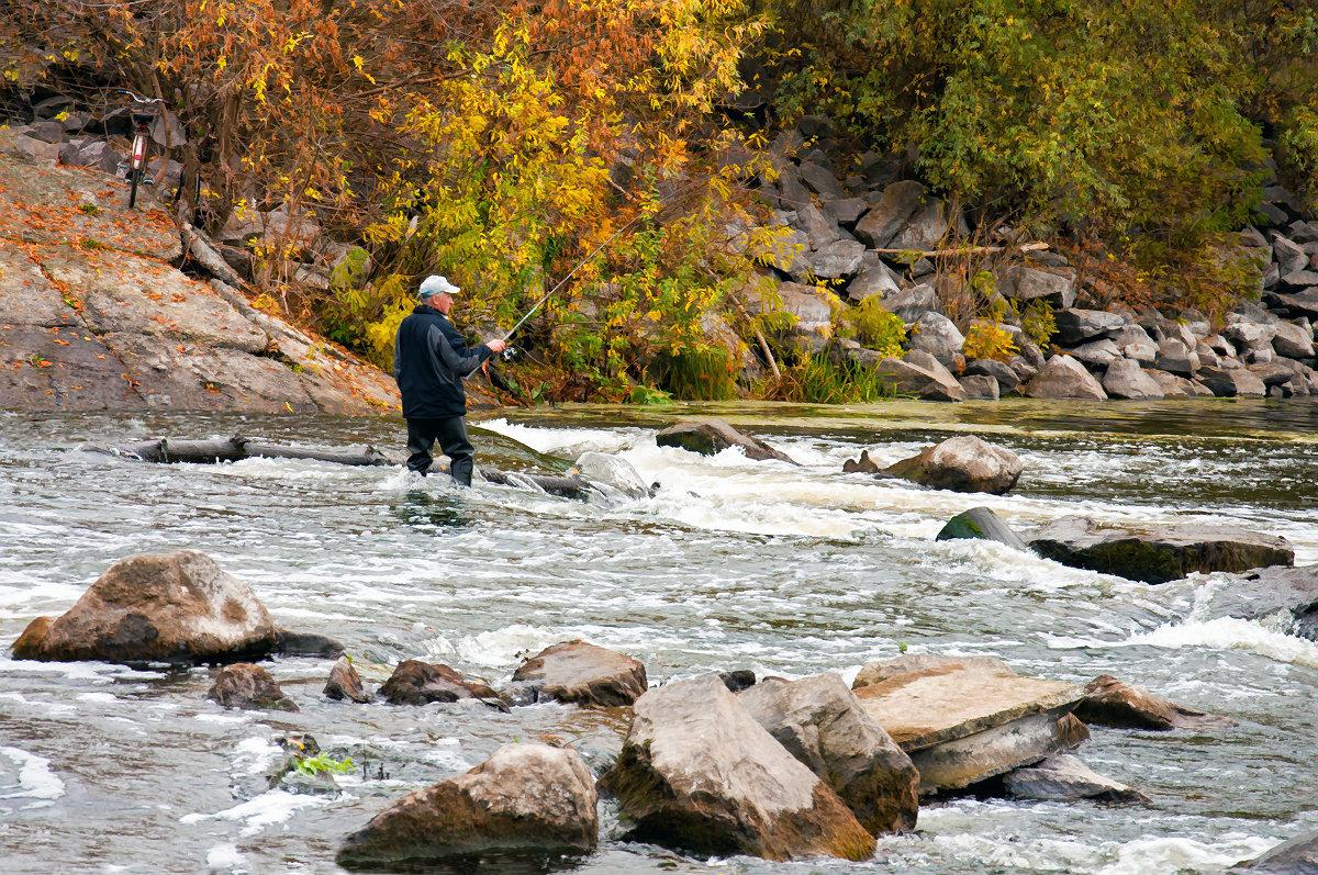 Осенняя рыбалка на плотине... - Наталья Костенко