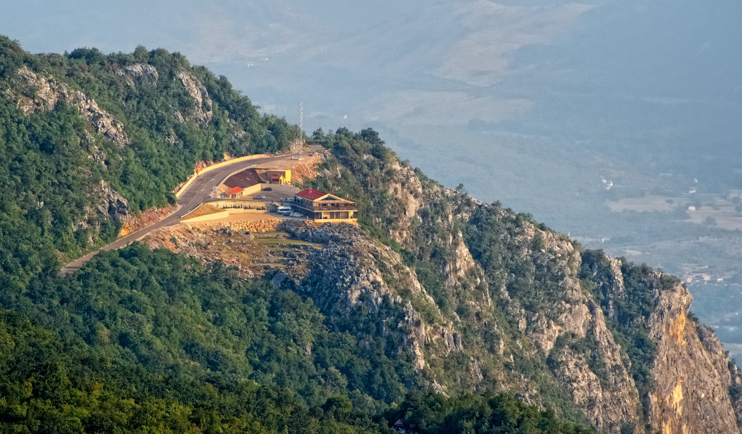 Ресторанчик в горах - Aleks