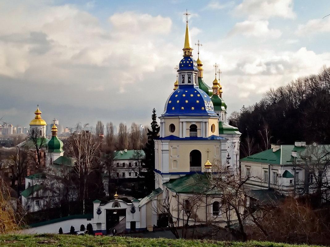 Экскурсия  в Выдубицкий монастырь Фото №5 - Владимир Бровко