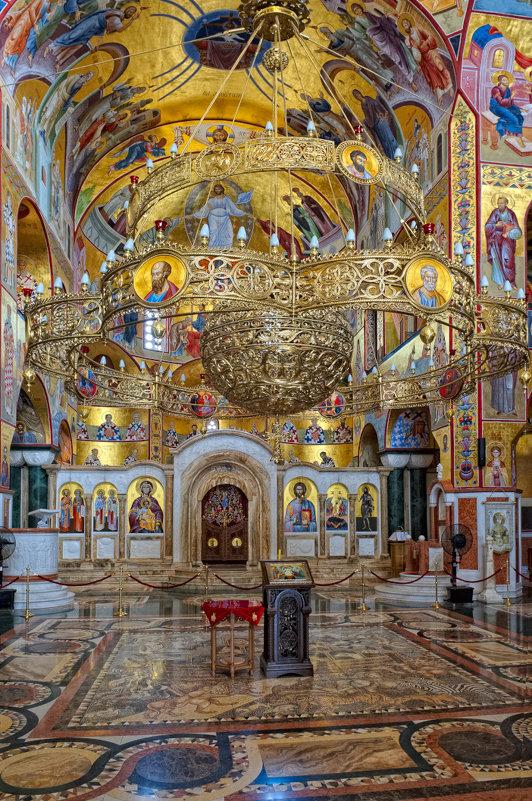 Внутреннее убранство Собора Воскресения Христова в Подгорице - Aleks