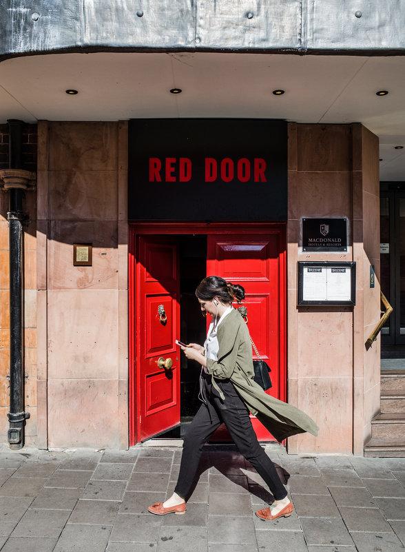 Красная дверь - Андрей ТOMА©