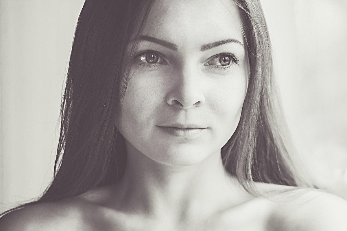 Автопортрет - Tanya Sukhomlinova
