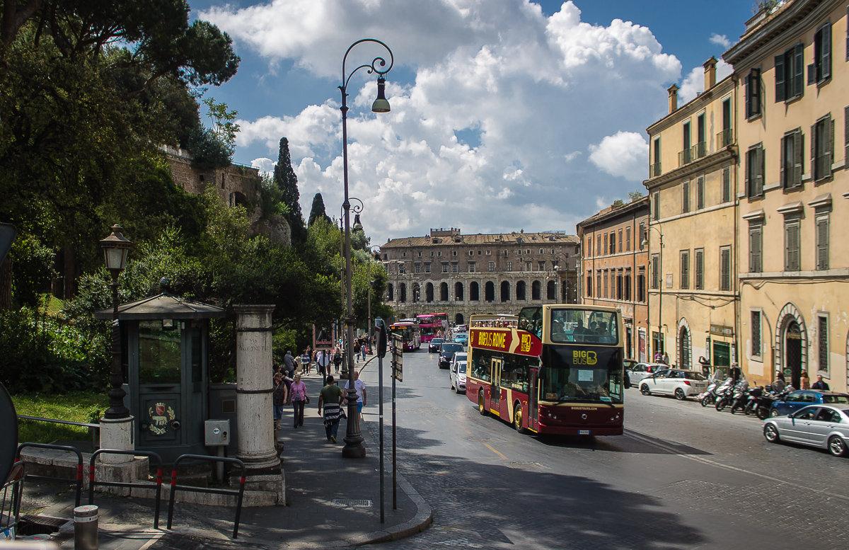 """""""Мы – в Риме. Мы бродим по Риму. Мы в Риме. Мы – старые люди..."""" (Р. Рождественский) - Надежда"""