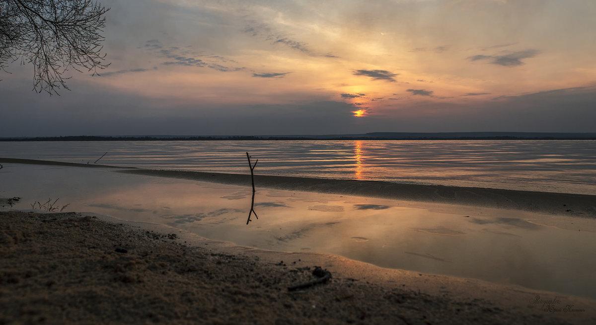Весенний тихий вечер на Нововоронежском водохранилище 2017 - Юрий Клишин