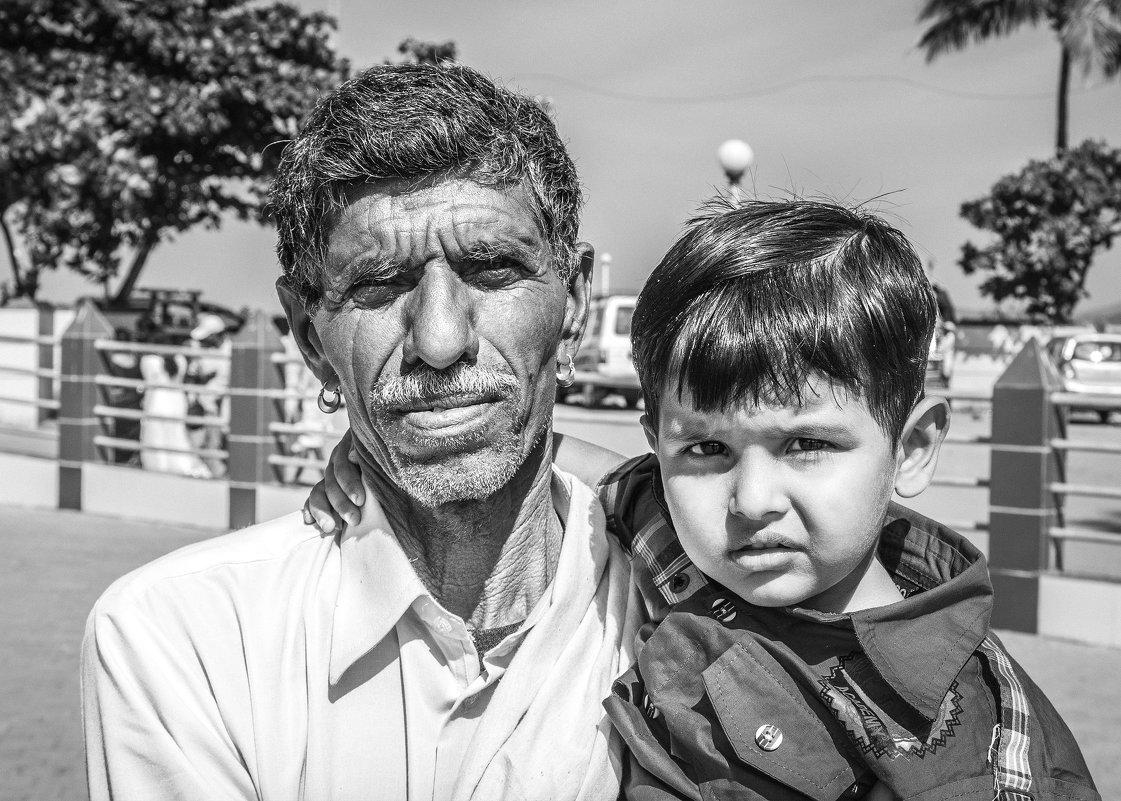 Отец и сын... возрастной контраст... - Cергей Павлович