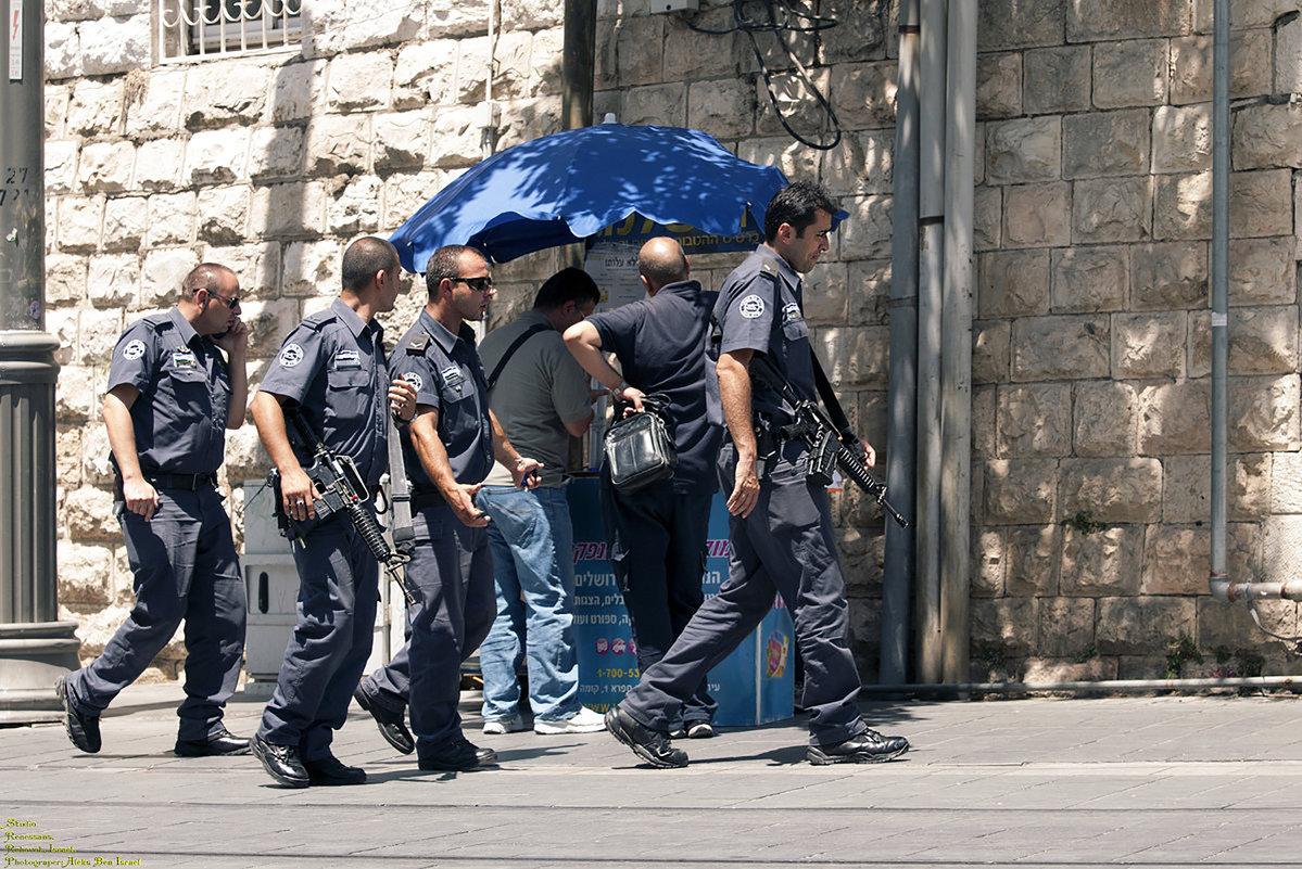 На защите безопасности и правопорядка! - Aleks Ben Israel