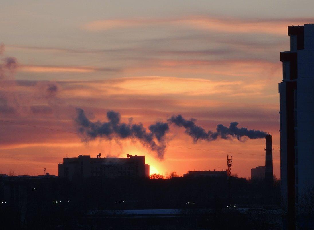 Закат с дымком - Валерий Чепкасов