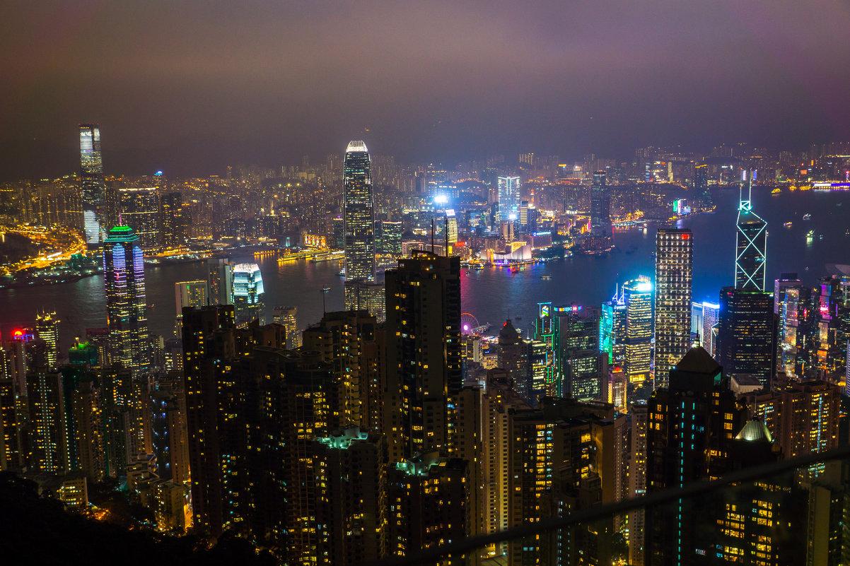 Ночной Hong Kong - Евгений Банных