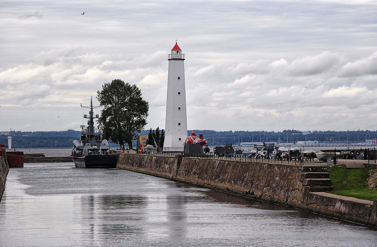 Деревянный маяк - символ Кронштадта - Nina Karyuk