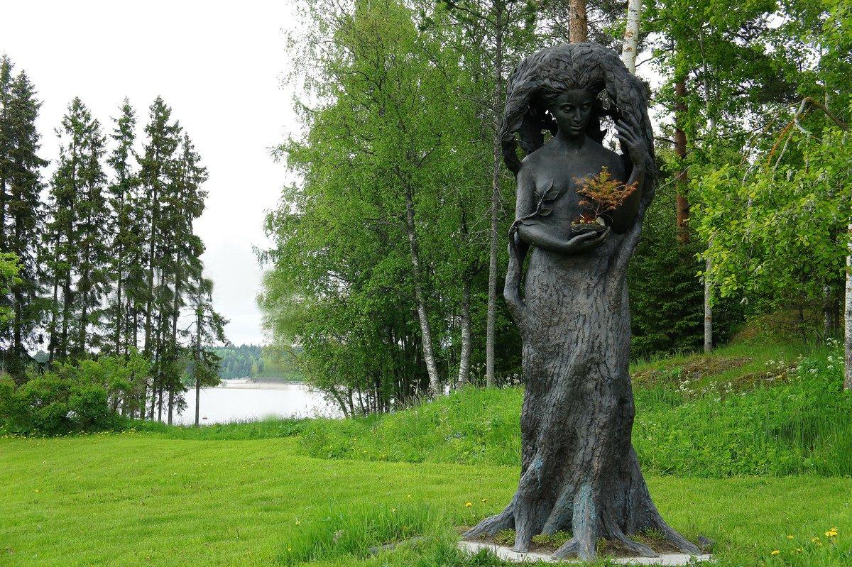 Парк-отель Дача Винтера. Памятник дереву - Елена Павлова (Смолова)