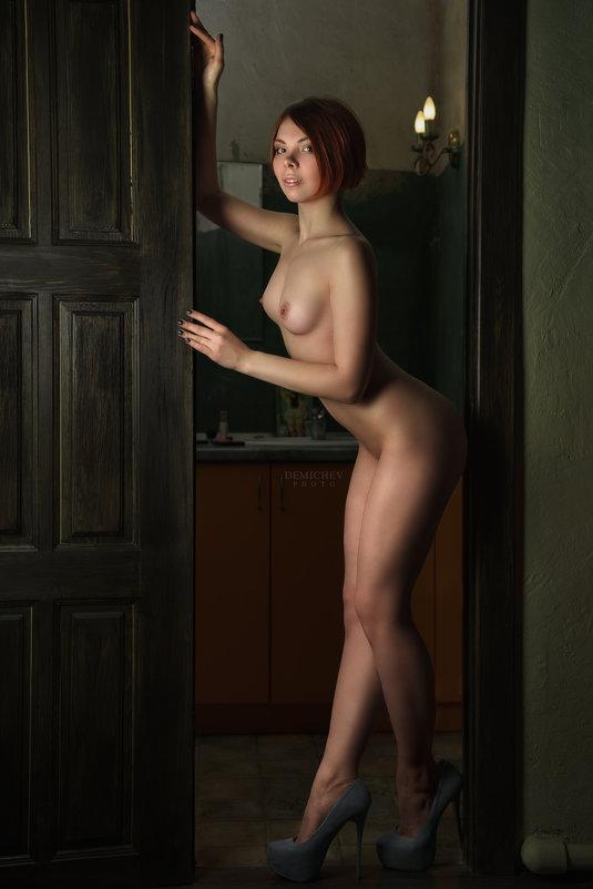 Фото ню - Petr Demichev