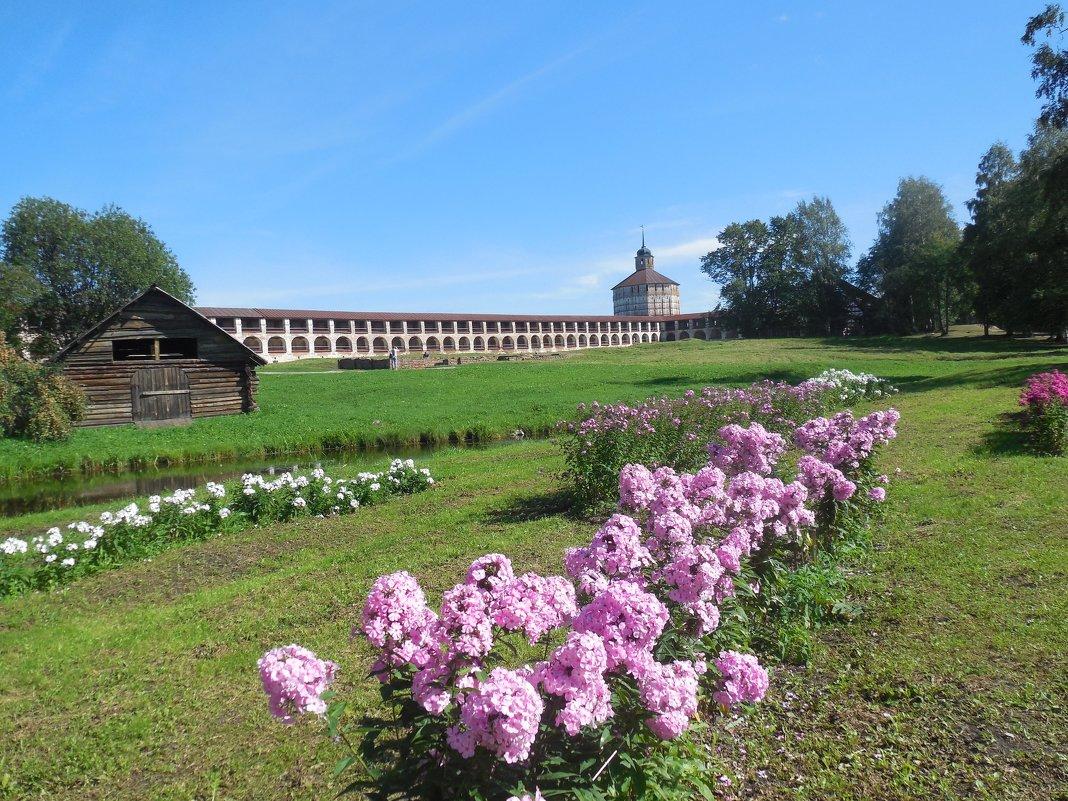 Кирилло - белозёрский монастырь - Надежда