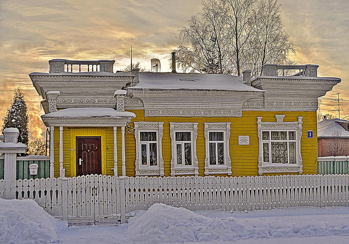В доме где резной полисад - Виктор Заморков