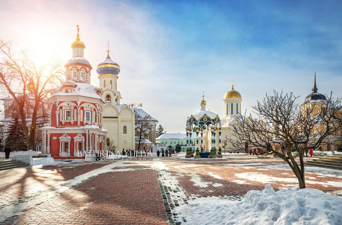 В Лавре солнечно - Юлия Батурина